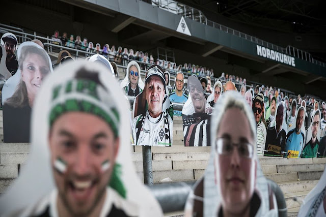 Lihat Bagaimana Pasukan Borussia Mönchengladbach Memenuhkan Stadium Dengan Penonton Semasa Tempoh Kuarantin