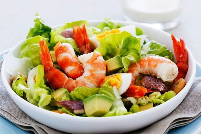 Grilled Shrimp with Caesar Salad and Creamy Dressing - 4