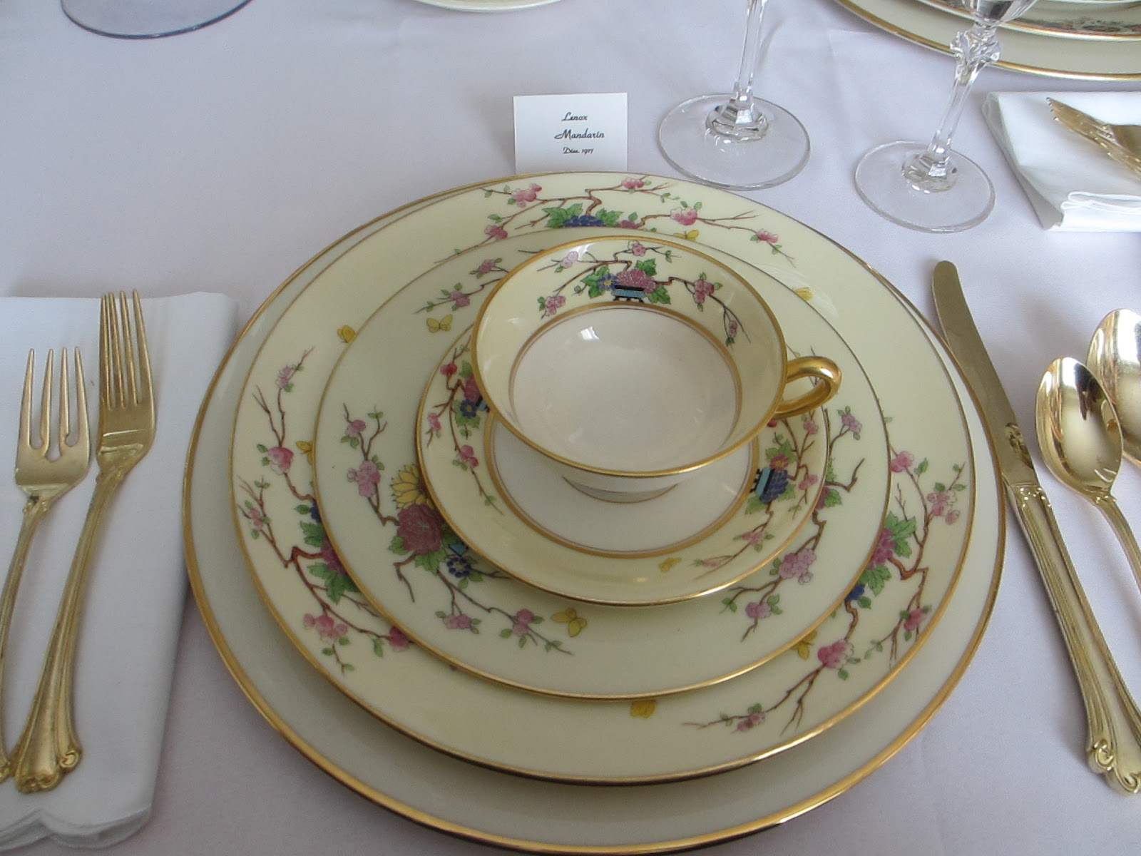 The Welcomed Guest: Lenox Sampler Table
