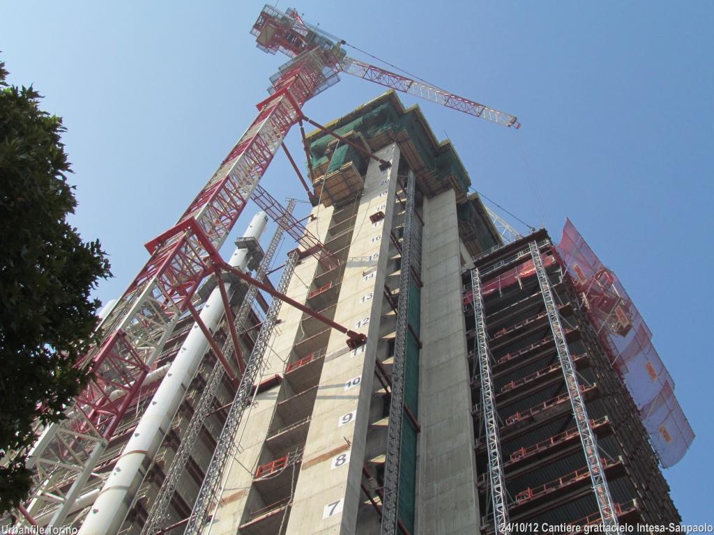 Gattosandro viaggiatore travel blog grattacielo intesa for Cantiere di costruzione