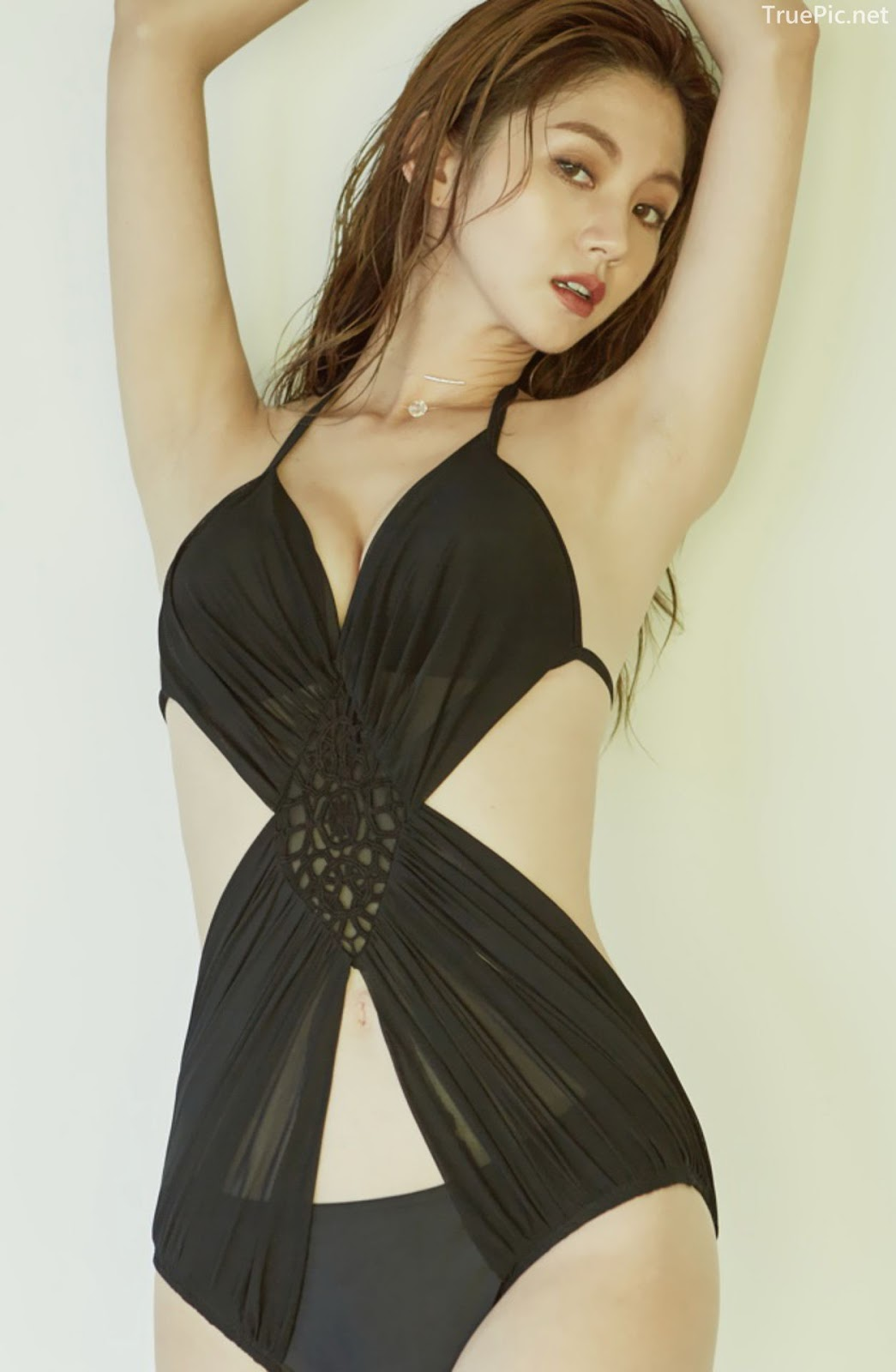 Korean model and fashion - Lee Chae Eun - Monokini for summer vacation - Picture 5