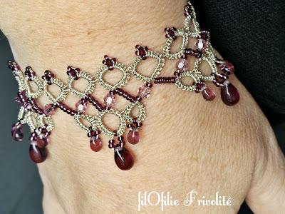 bracelet en frivolité avec rocailles, perles rondes 4 mm et gouttes