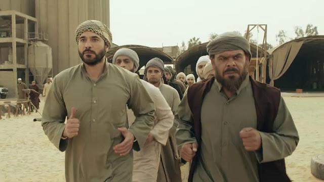 بالصور| للمرة الثانية منذر رياحنة إرهابي متطرف أمام أحمد عز في أبو عمر المصري