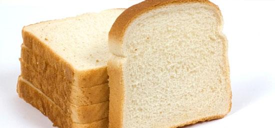 9 alimentos que fazem mal - Pão Branco