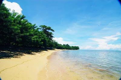 Pantai Tercantik Sepanjang Pulau Papua  5 Pantai Tercantik Sepanjang Pulau Papua