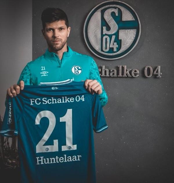 Oficial: Schalke 04, regresa Huntelaar
