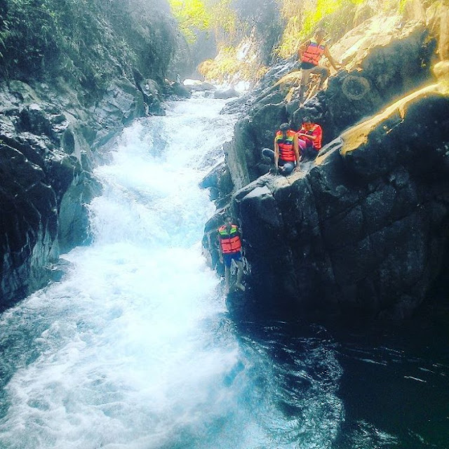 foto body rafting di black canyon