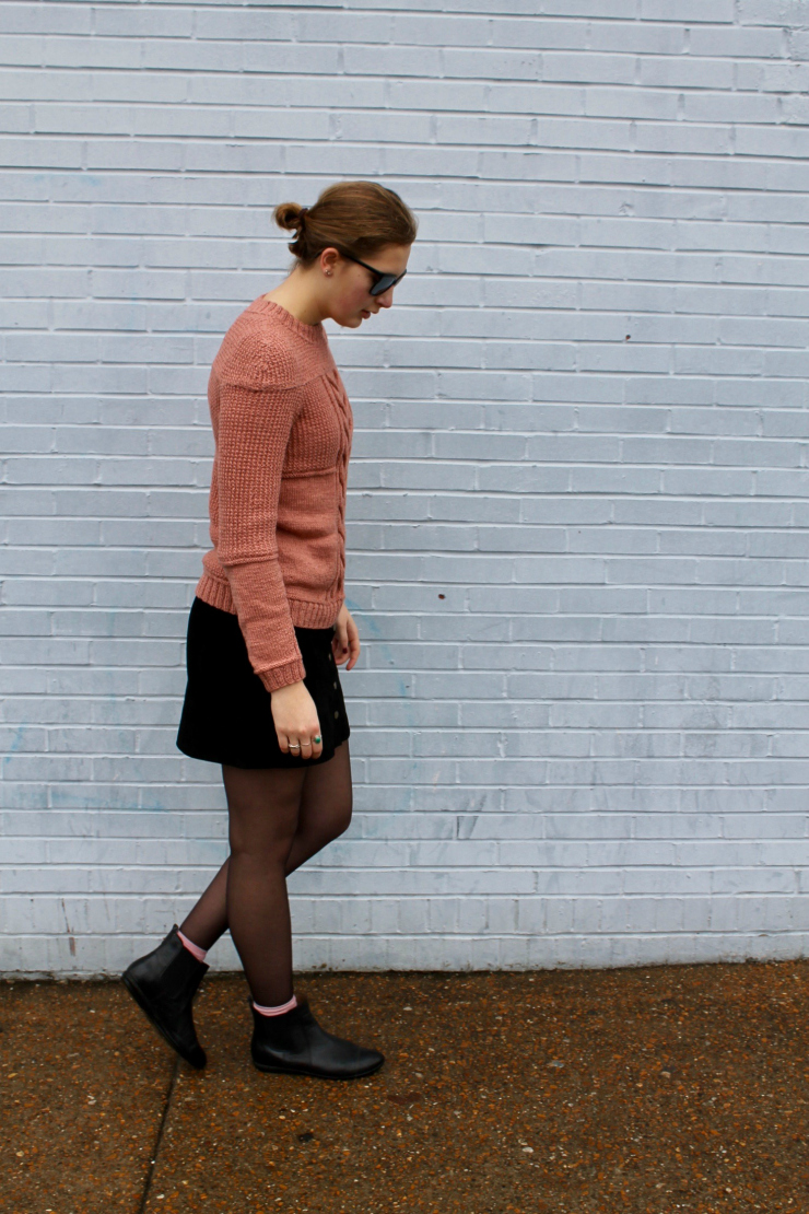 Pink hand knit sweater, black suede mini skirt, Chelsea boots #ootd #fashion