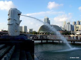 MERLION, SÍMBOLO DE SINGAPUR