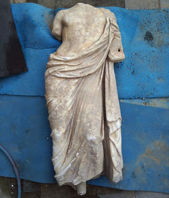 Ancient marble statue found in Crimea