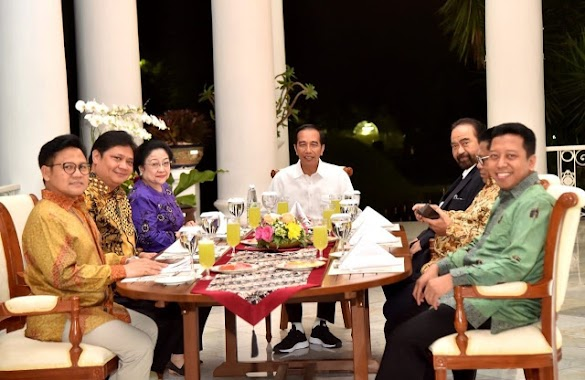 Tak Segera Umumkan Cawapres, Koalisi Jokowi Diduga Ada Masalah