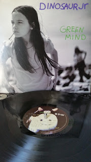 indie, cover, pochette, album, groupe, nirvana, grunge, photo, fille, clope, alternative, rock, wax digger reviews.