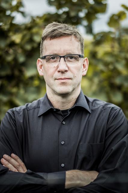 Dr. Martin Tesch