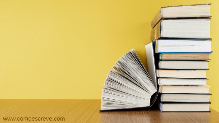 Coletivos de Livros: Exemplos e exercício
