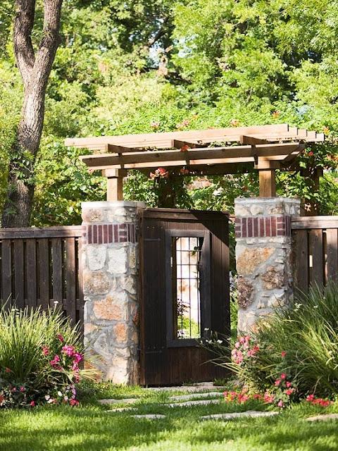 cổng biệt thự vườn