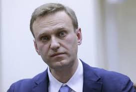 El líder opositor ruso Alexei Navalni ha salido del coma