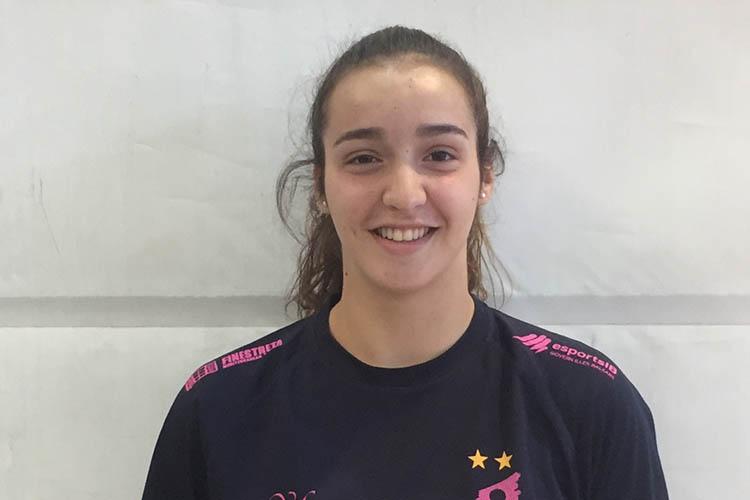La internacional junior Aina Pons se convierte en la primera incorporación  del Cajasol Juvasa Voley 2019 ~ Dos Hermanas Diario Digital