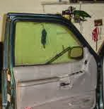 Cara Memperbaiki Kaca Pintu Mobil Seret / Berat