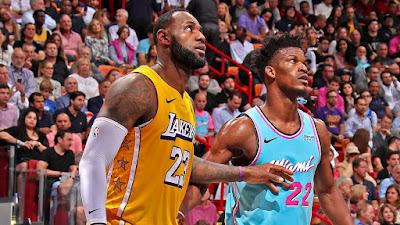 Los Angeles Lakers e Miami Heat se enfrentam nas finais da NBA. Crédito: Divulgação/NBA