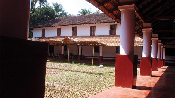 Kannur, News, Kerala, History, Family, Royal family history, Swami Agnivesh, Museum, District collector, Visit, Swami Agnivesh about Arakkal royal family history
