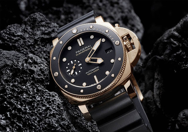 Panerai Submersible 42 mm in Goldtech PAM974