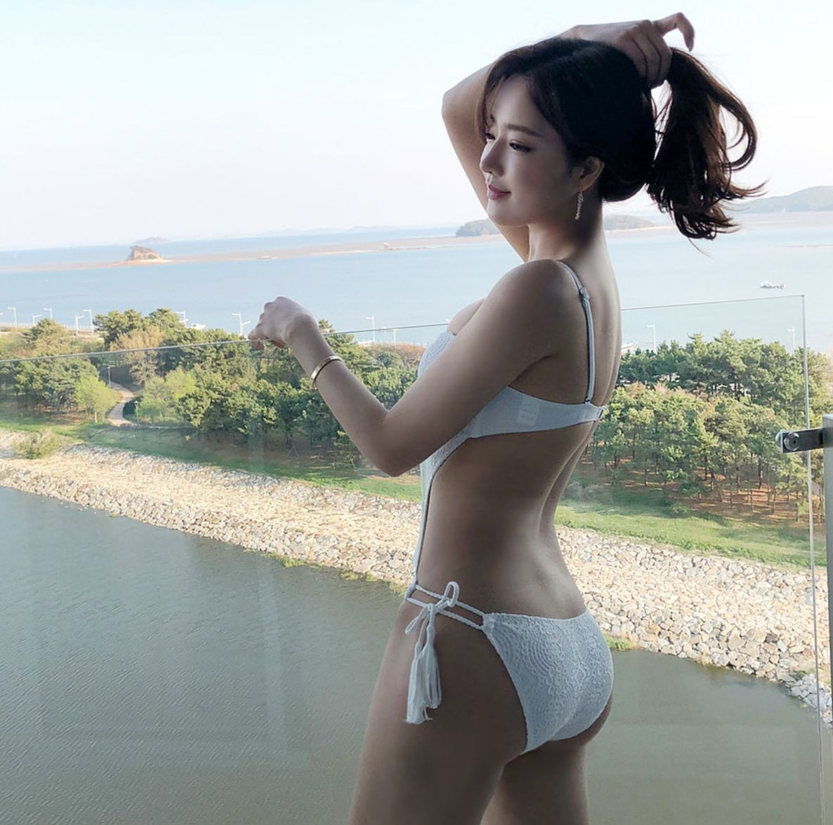 Image Korean Fashion Model - Kang Eun Wook - White Apple Swimsuit - TruePic.net - Picture-1