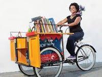 Firenze BookBike: la libreria viaggia sulla bici