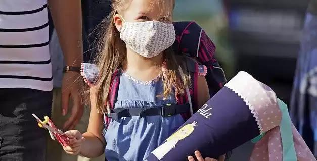 Καταγγελία ρουφιάνου πνευμονολόγου: Γονείς ζητούν ιατρικές βεβαιώσεις για να αποφύγουν τα παιδιά τους τη μάσκα