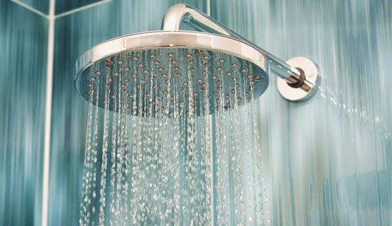 Hasil gambar untuk mandi untuk kesehatan