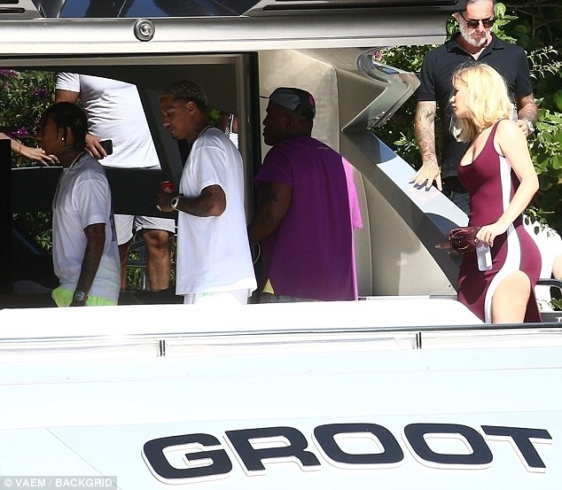 Iggy Azalea flaunts her assets as she parties with Tyga in Miami Beach