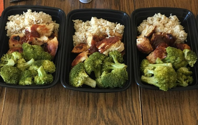 20 Minute Meal-Prep Chicken, Rice, and Broccoli #healthy #lunch