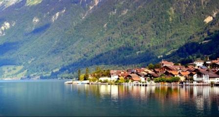 Tempat Wisata Paling Indah Untuk Dikunjungi Di Negara Swiss  Brienz