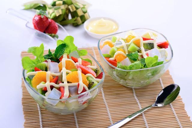 menu sarapan sehat salad buah (via http://www.kewpie.co.id)