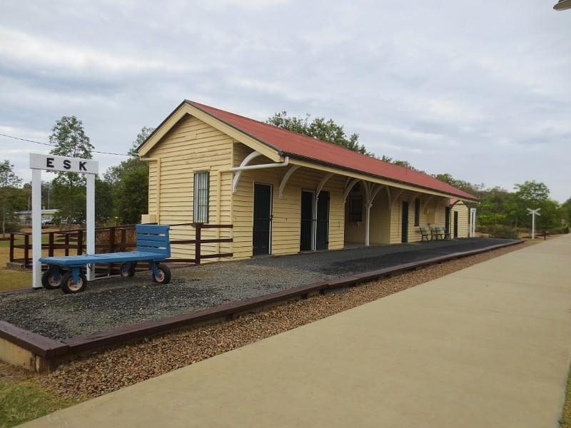 Esk Railway Station