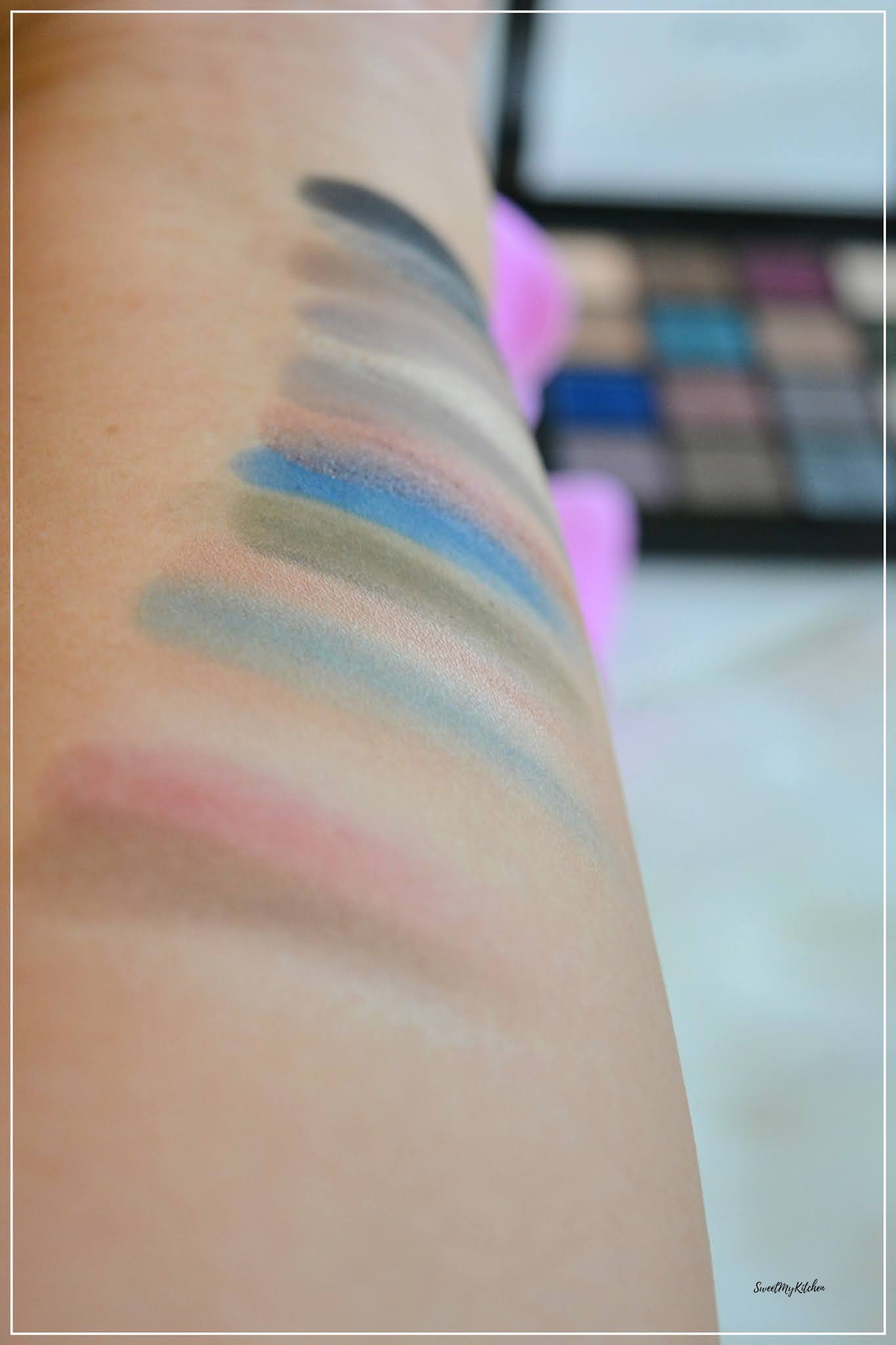 NYX Ultimate Shadow Palette Ash swatches