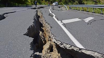 भूकंप क्यों आते हैं ?