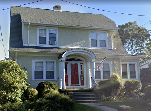 213 Hastings Avenue, Havertown, PA front view Sears Martha Washington model