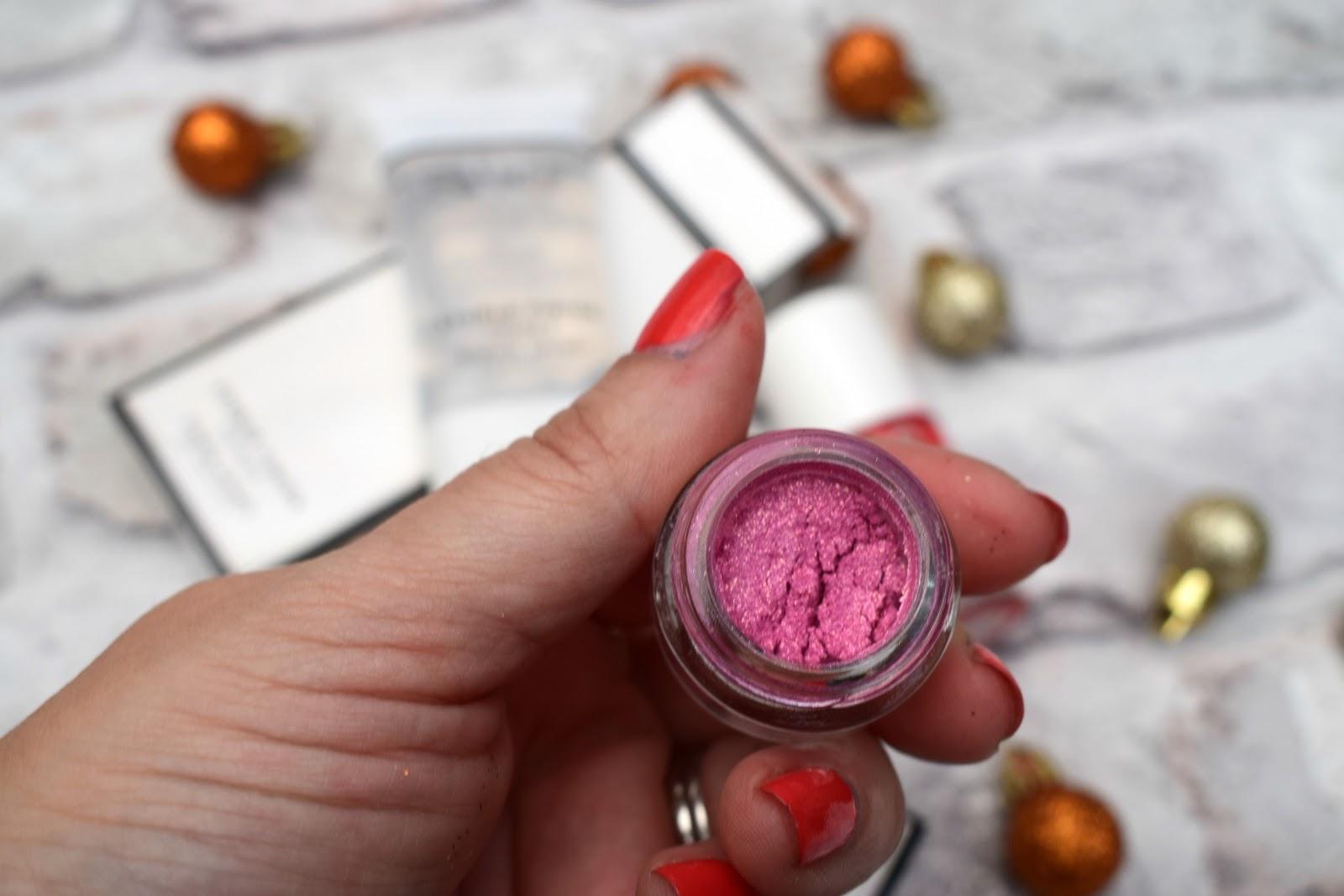 Wonderland makeup review
