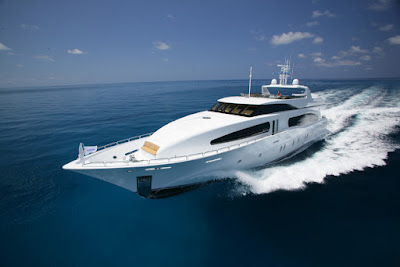 Grand Majestic Explorer - Broward - Fast Yatch in Galapagos