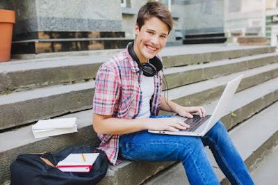 chico estudiante