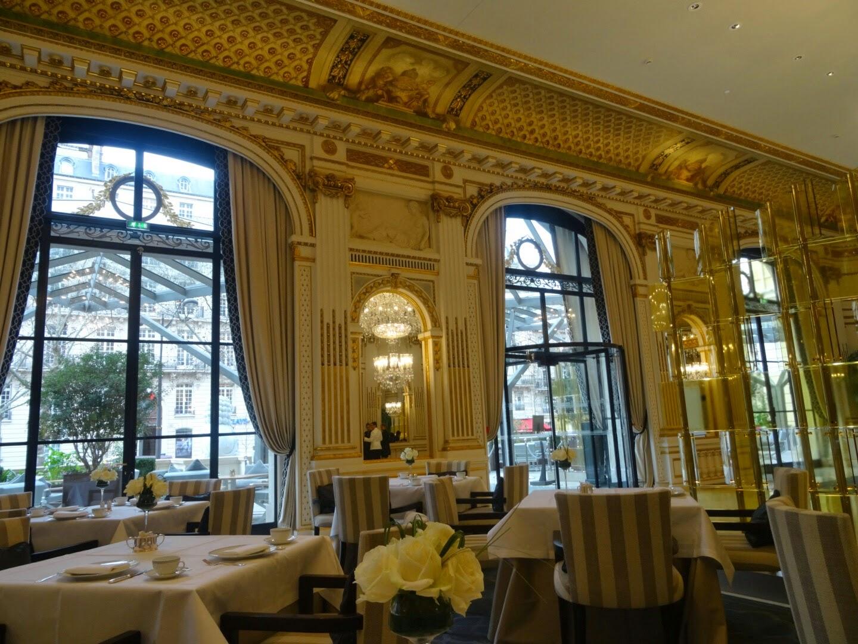 Intérieur Le Lobby Hôtel Péninsula Paris.