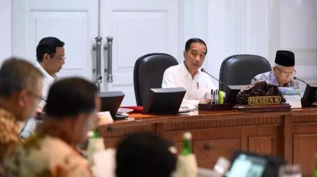 Ekonomi Dunia Diprediksi Minus, Presiden Jokowi: Kalau Kita Tidak Ngeri, Bahaya Banget!