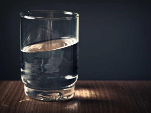 «Стакан воды»: быстрая и эффективная техника исполнения желаний