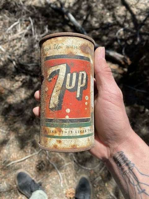 Old 7-Up Can