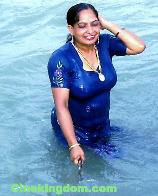 June 2011  Desi-Masala-Hot-3475