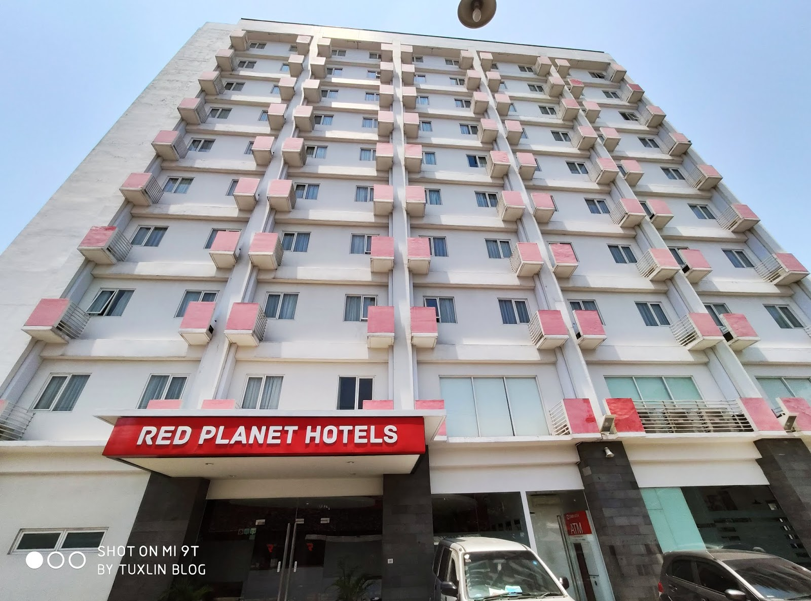 Review Menginap di Red Planet Hotel Solo