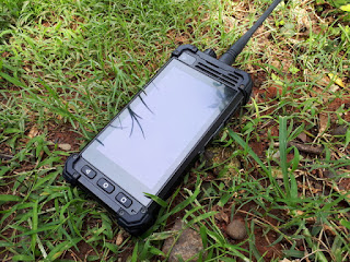 Runbo M1 Seken Mulus Walkie Talkie DMR VHF Android 4G IP67 Certified