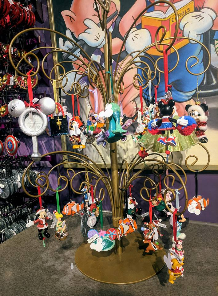 11 Things to do with Kids at Disney Springs Orlando, Florida  - Disney Christmas Decorations
