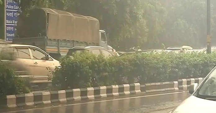 Heavy rains and heavy traffic was reported in some parts of Delhi,www.thekeralatimes.com