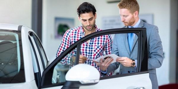Periksa Bagian Penting Ini Sebelum Membeli Mobil Second Murah